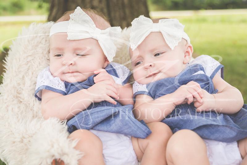 Twins3Months-52.JPG