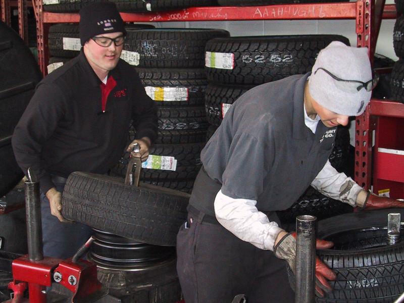 evan stinson, discount tire