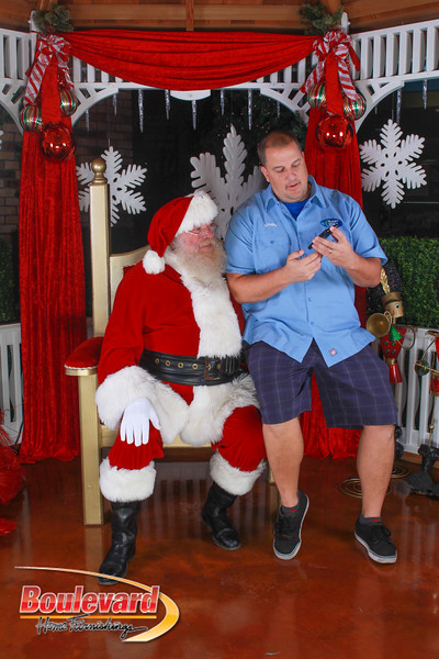 Santa 12-10-16-52.jpg