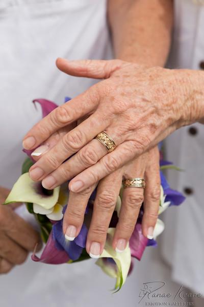106__Hawaii_Destination_Wedding_Photographer_Ranae_Keane_www.EmotionGalleries.com__141018.jpg