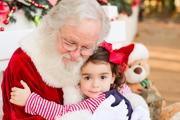 Eleanor and Ben - Santa - 2018