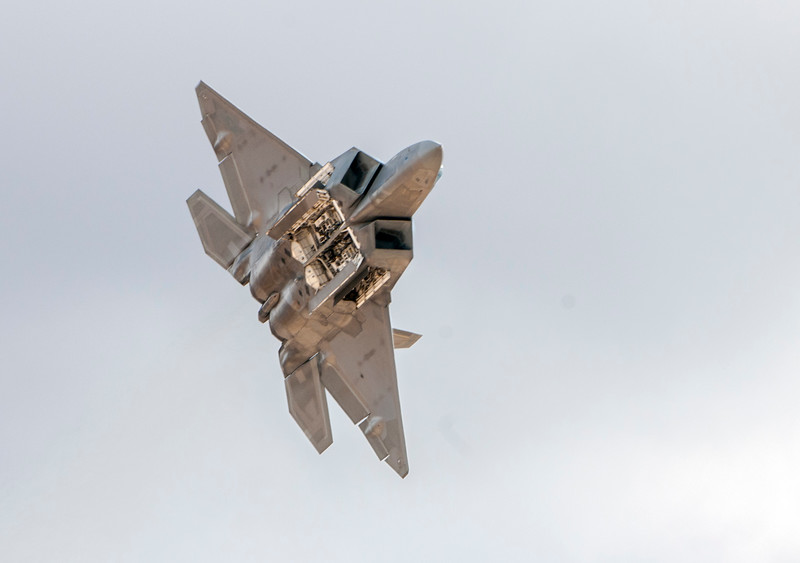 F 22-12.jpg