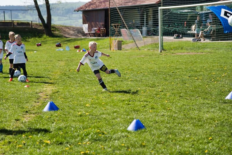 hsv-fussballschule---wochendendcamp-hannm-am-22-und-23042019-w-56_40764456663_o.jpg