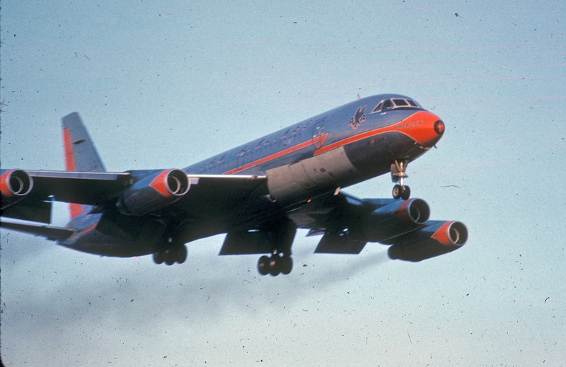 DTW 1966 AA CV990small.jpg