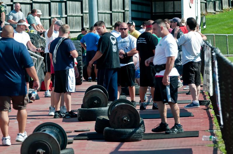 Strongman2009_Crowd_DSC0929-1.jpg