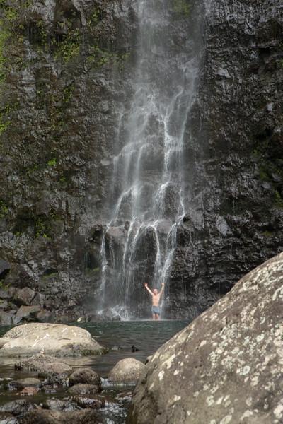 hanakoa-falls-6.jpg