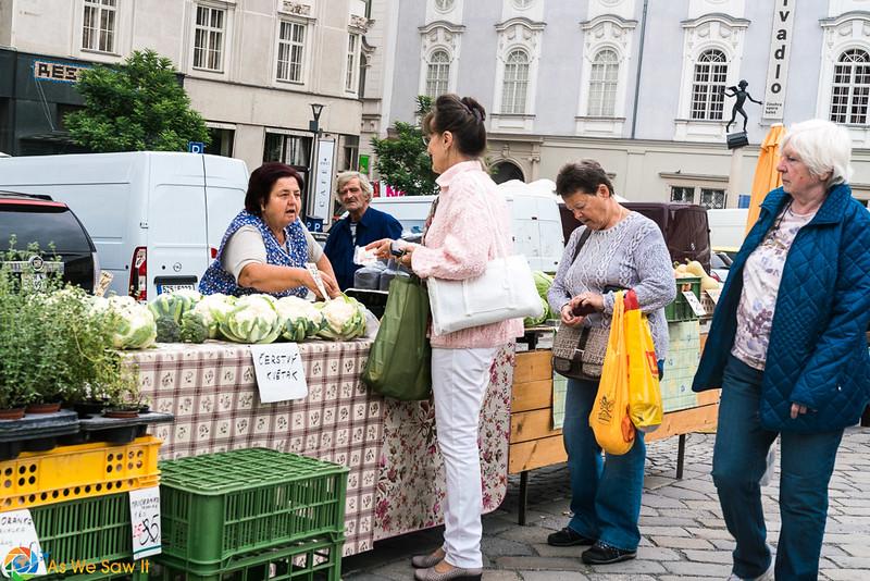 Cabbage-Market-04330.jpg