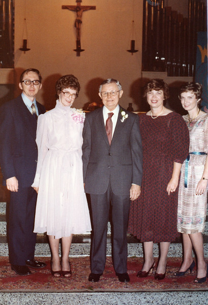 1983 Siblings at the wedding of Norman and Annie Thompson.jpg