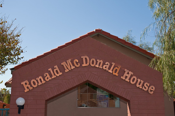 Ronald McDonald House TEMPUR-PEDIC Bed-N-Breakfast 2011