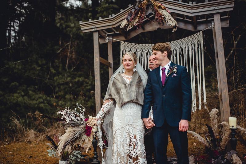 Requiem Images - Luxury Boho Winter Mountain Intimate Wedding - Seven Springs - Laurel Highlands - Blake Holly -1098.jpg