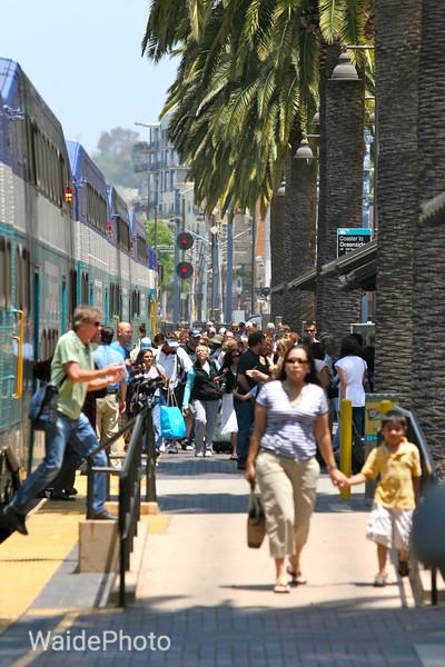 Coaster commuter train, San Diego, California 2009,