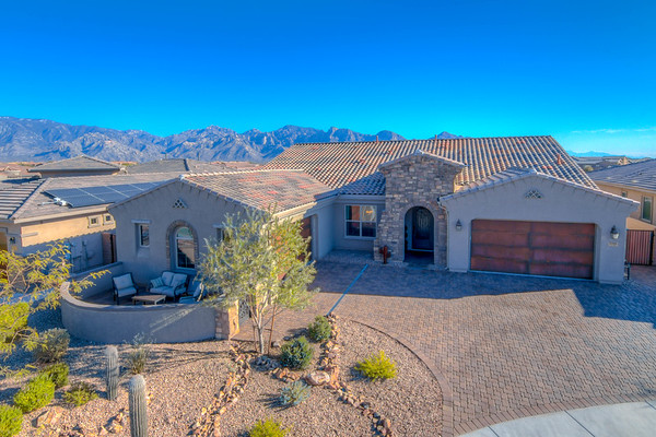 For Sale  13518 Trailing Indigo Ct., Oro Valley, AZ 85755