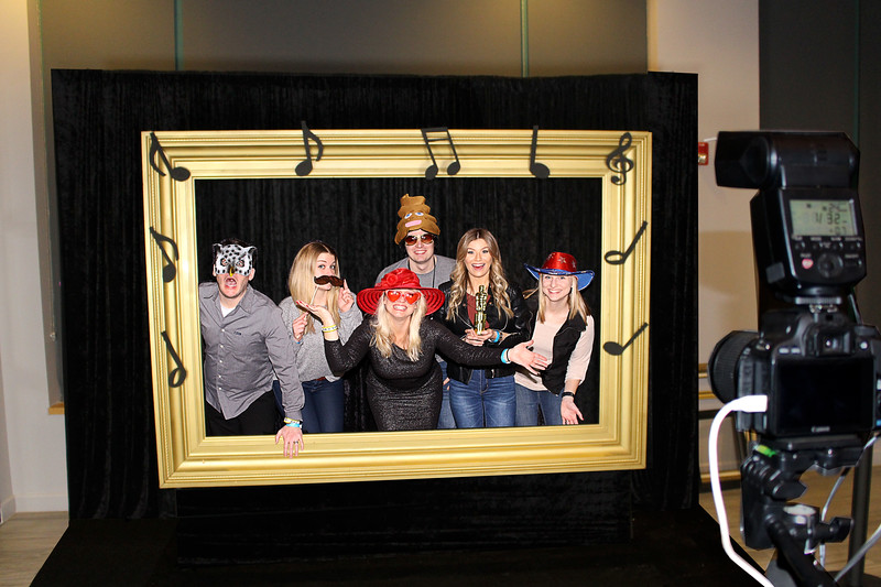 photo booth frame  https://thelookingglassphotobooths.com/