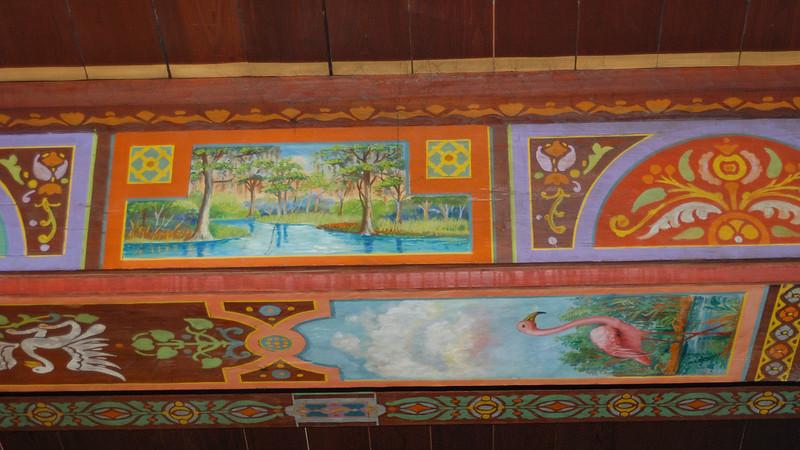 Bavarian beams with Florida artwork