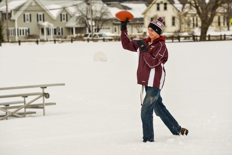 2017_Winter_Carnival_Snow_Football-4.jpg