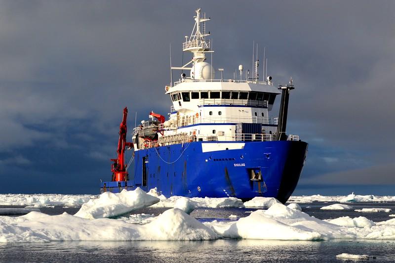Ship & Ice 2.JPG