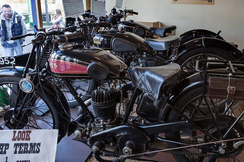 Motorcycles 1610158663-1.jpg