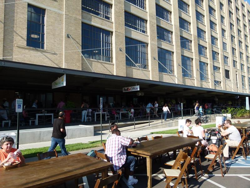 1040084 Crosstown Concourse.JPG