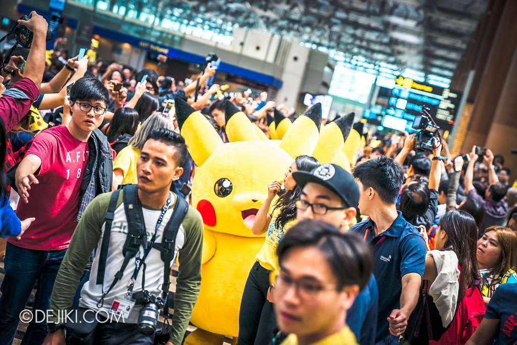 Pokémon at Changi Airport - Pikachu Parade crowd madness