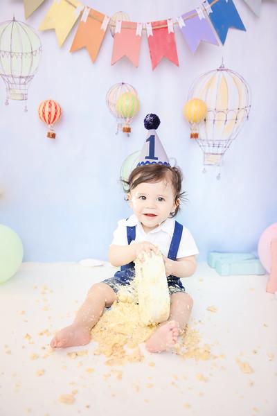 1newport_babies_photography_cakesmash_hot_air_ballon-0096-1.jpg
