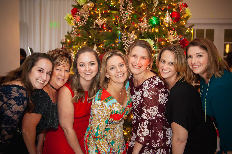 WM2019ChristmasAdultParty-176.jpg