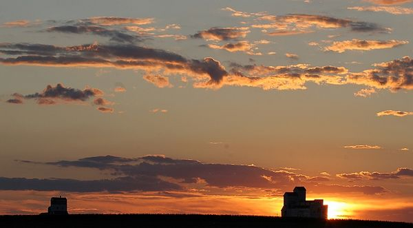prairie sunset.jpg