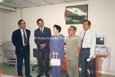 1995 - MAJLIS PERASMIAN PUSAT JEPUN MARA