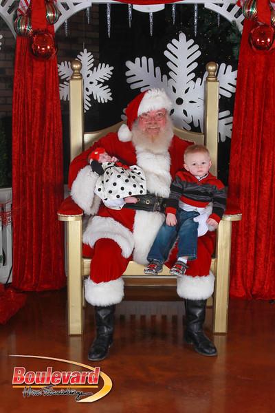 Santa 12-17-16-432.jpg