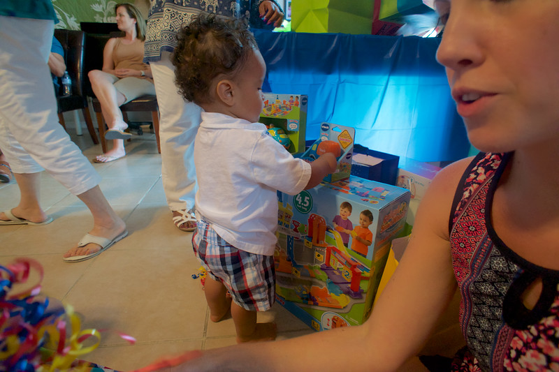 LINCOLN 1st BIRTHDAY PARTY_ 189.jpg