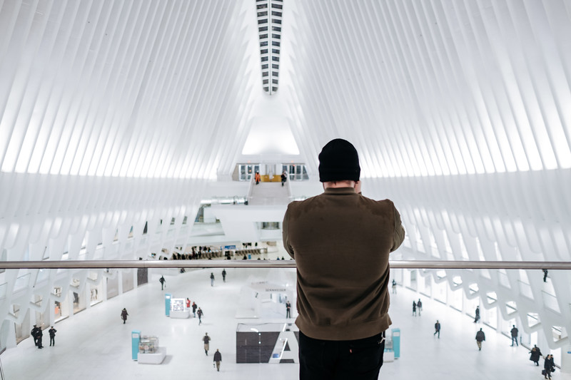 L'Heureux Photographing The Oculus