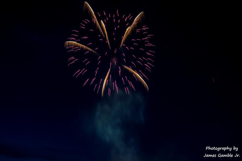 Fourth-of-July-Fireworks-2016-0331.jpg