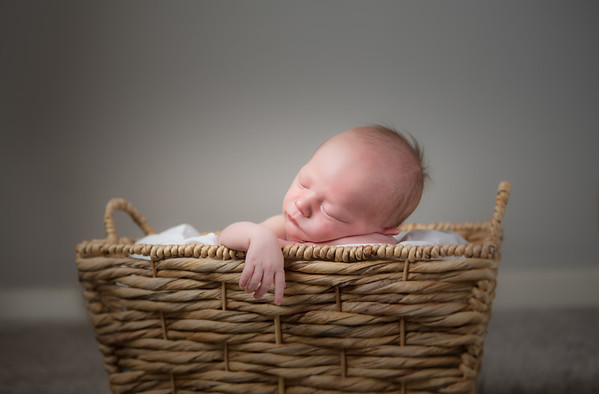 Newborn Photography in Portland, Happy Valley & Beaverton