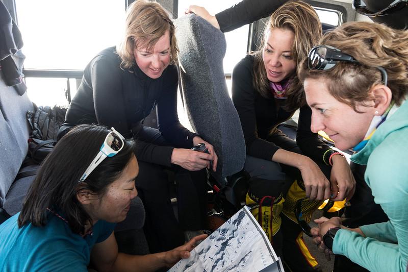 Climb Antarctica Women -1-11-18099238.jpg