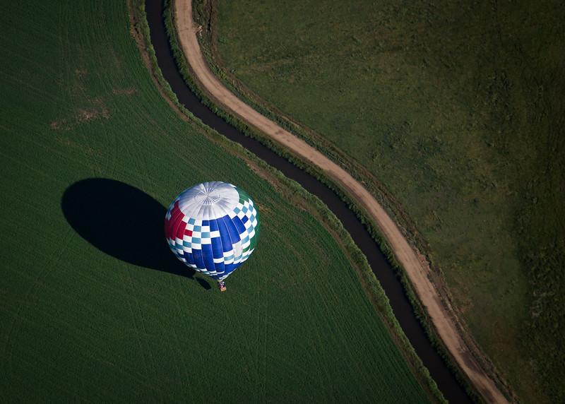 Balloon Touchdown