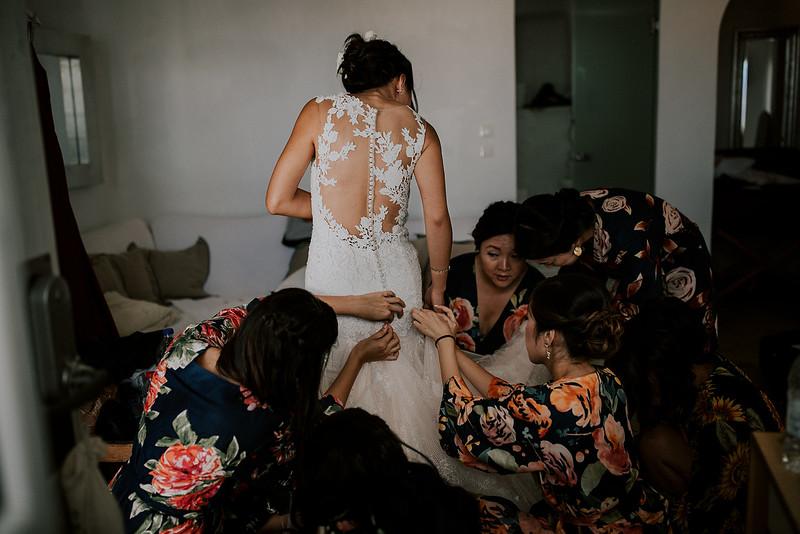 Tu-Nguyen-Destination-Wedding-Photographer-Santorini-Rocabella-Hotel-Euna-Ehsan-175.jpg