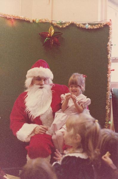 Christmas 1985 - Greenham Common_0010.jpg