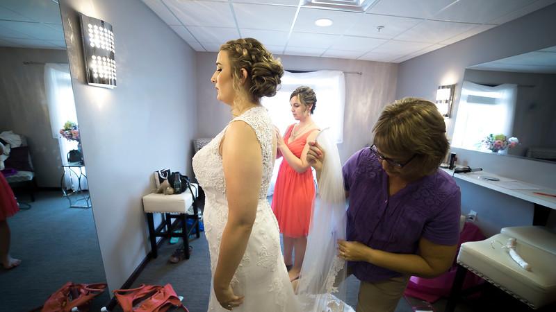 Laura & AJ Wedding (0152).jpg