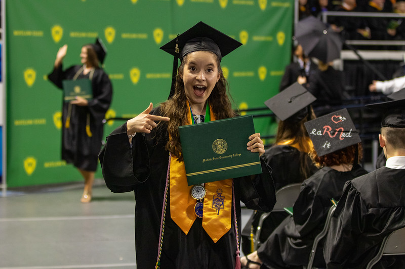Graduation 2019-9834.jpg