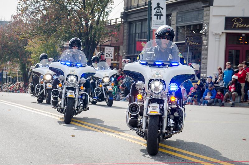 2017 Asheville Holiday Parade-35.jpg
