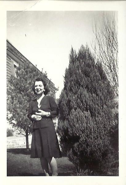 Elsie Carl