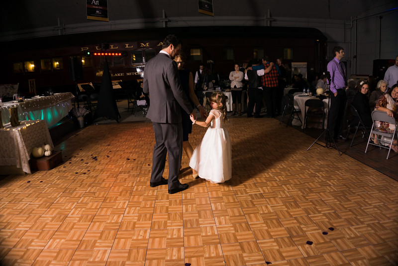 Reception (71 of 357).jpg