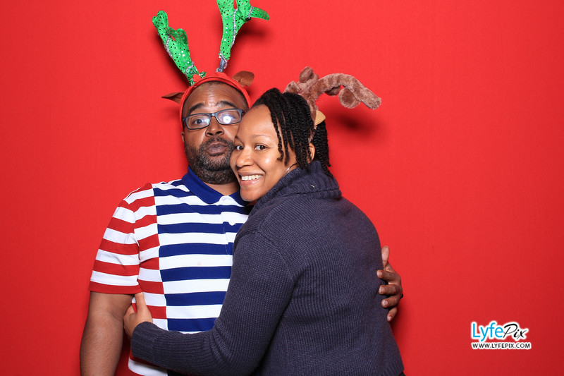 eastern-2018-holiday-party-sterling-virginia-photo-booth-0235.jpg