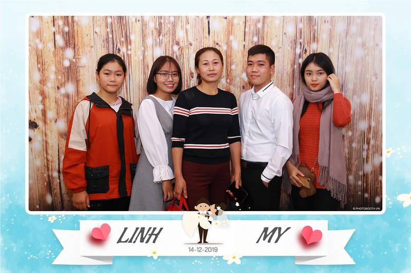 Linh-My-wedding-instant-print-photo-booth-in-Ha-Noi-Chup-anh-in-hnh-lay-ngay-Tiec-cuoi-tai-Ha-noi-WefieBox-photobooth-hanoi-12.jpg