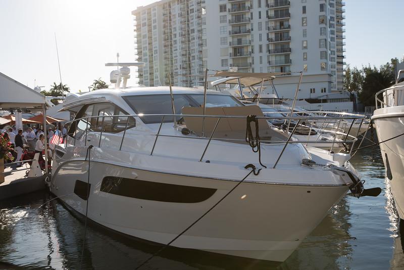 YachtsMiamiBeach (7 of 19).jpg