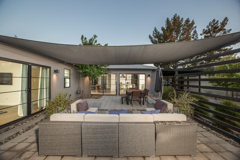 Backyard patio 1.jpg