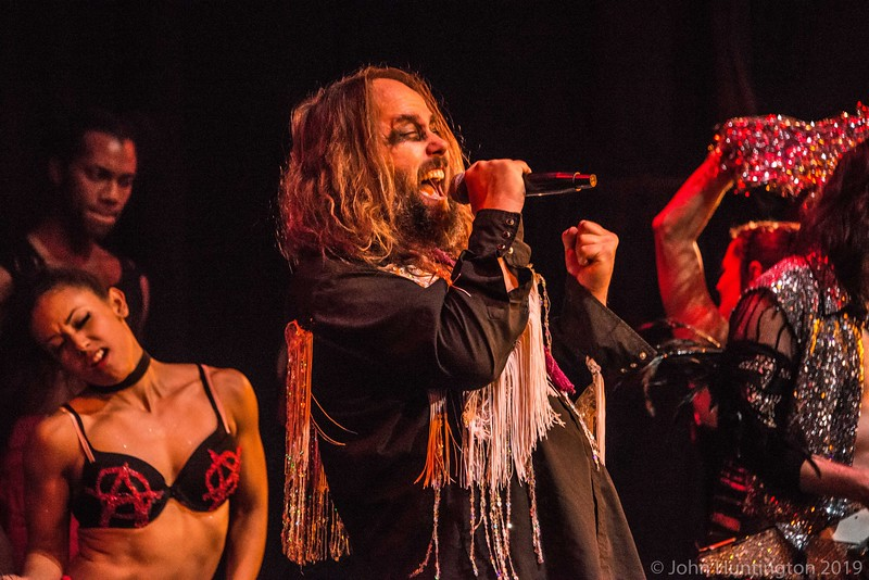 Smells Like The Love Show: Grunge rock dance circus show at the House of Yes, November 13, 2016