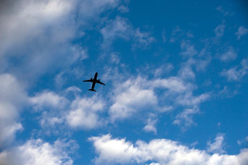 clip-015-airplane-wdsm-28jul11-0122.jpg