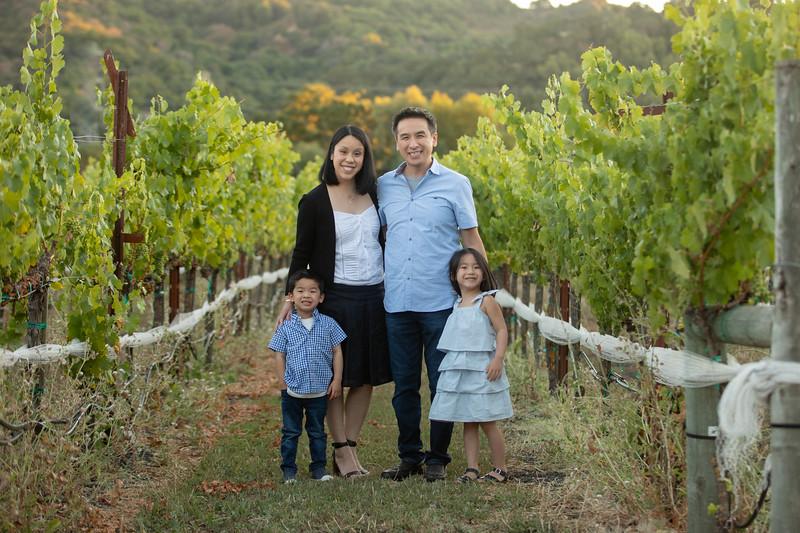 Nguyen Family-82.jpg