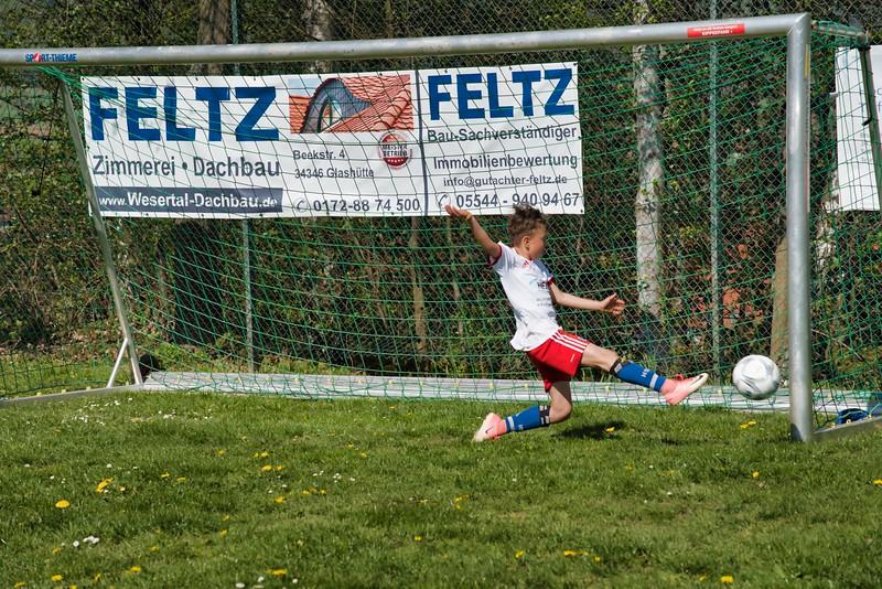 hsv-fussballschule---wochendendcamp-hannm-am-22-und-23042019-y-61_47677897612_o.jpg