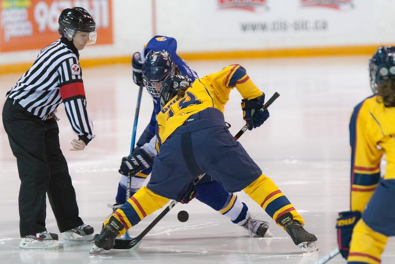 20130310 QWHockeyvsUBC 517.jpg
